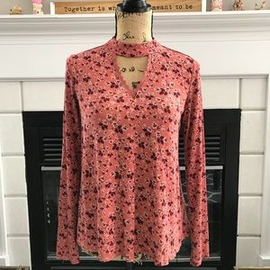 Tops - Coral floral keyhole neck top